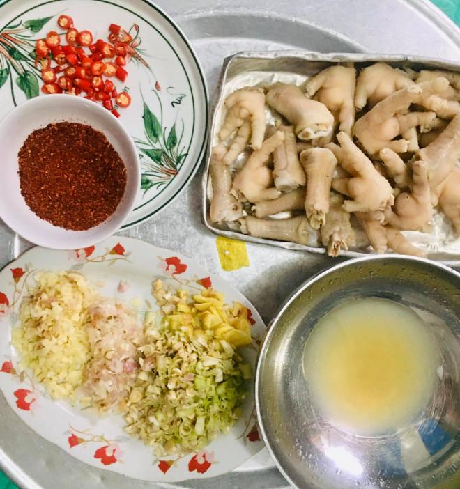 Chân gà sốt Thái làm thế này, vừa dễ vừa nhanh, chua ngọt giòn cay đủ vị
